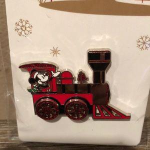 Disney Santa Mickey Mouse train conductor pin